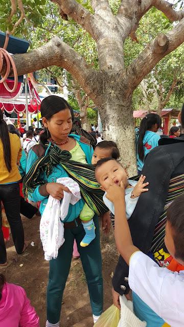 Hội từ thiện Vietnamsmile - tiền trạm Các Ái