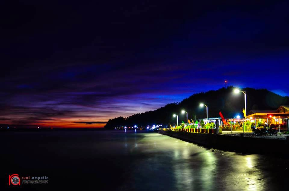 Kiamba Baywalk by Night