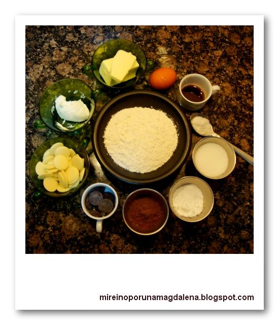 Baño Blanco Para Galletas: !: Galletas de chocolate rellenas de chocolate blanco y mascarpone