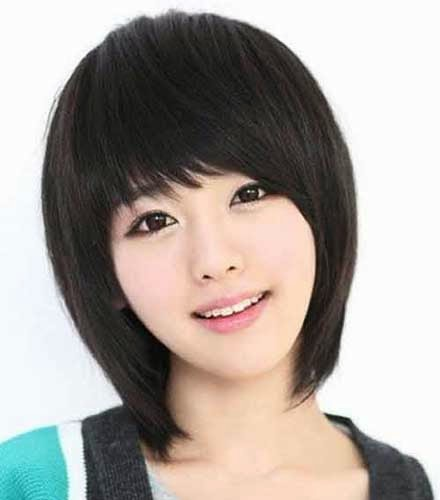 Short Asian Hairstyles with Bangs for Women