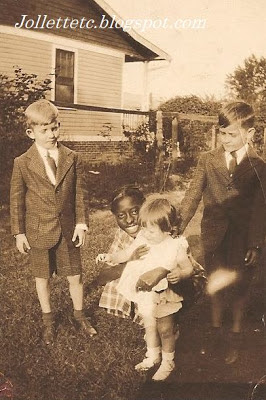Rachel, with Leo, Fred, and Betty Slade 1936 http://jollettetc.blogspot.com