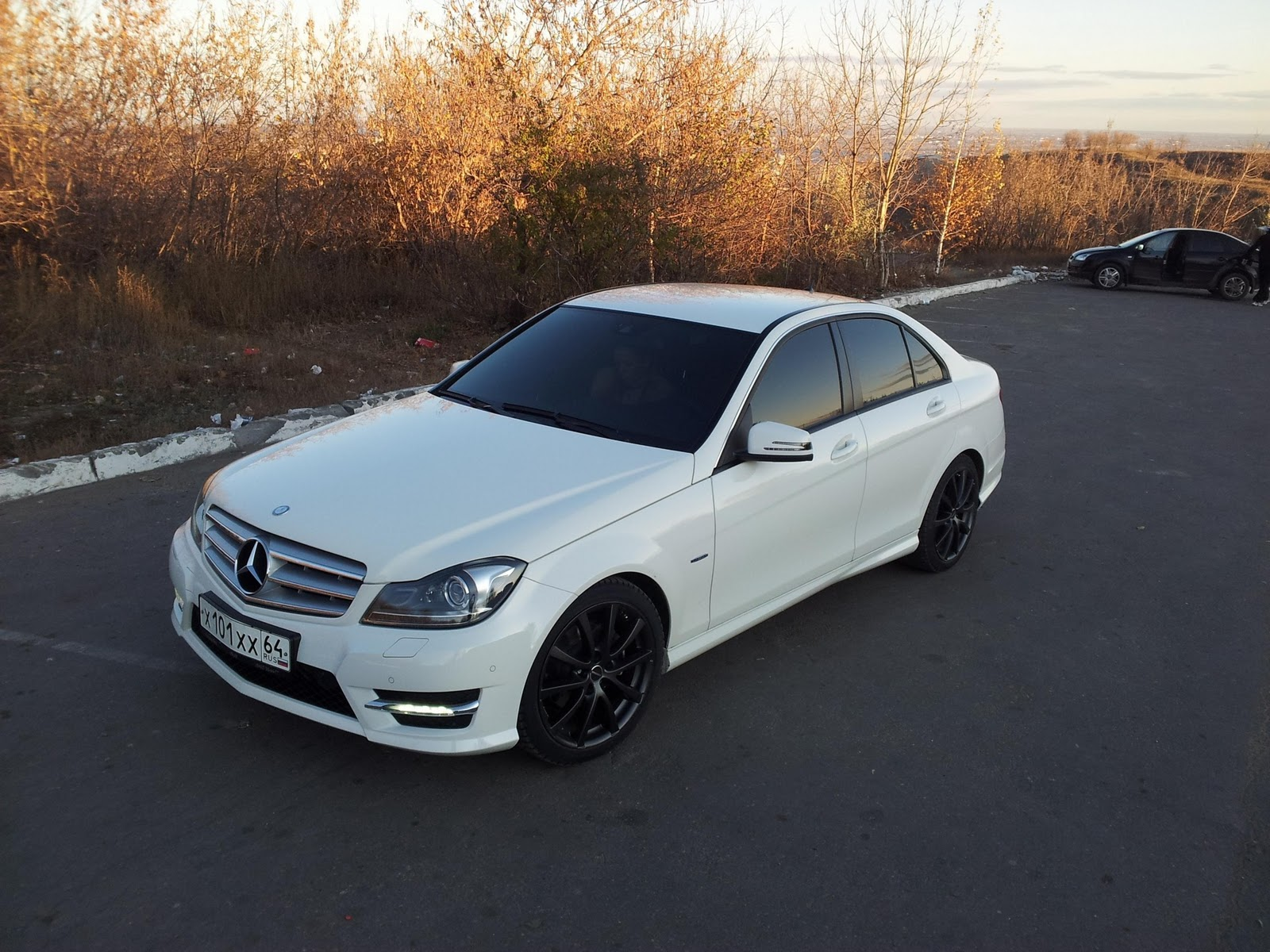 Mercedes benz c class w204 on r18 borbet wheels benztuning for Rims for mercedes benz c300