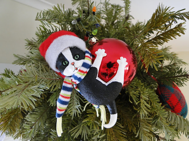 Christmas Ornament Kitty