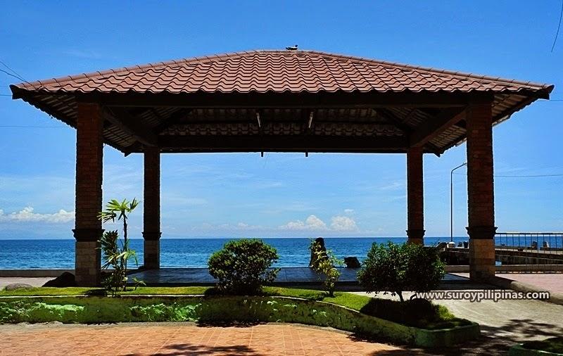 Misamis oriental beautiful memory square and baywalk of balingasag