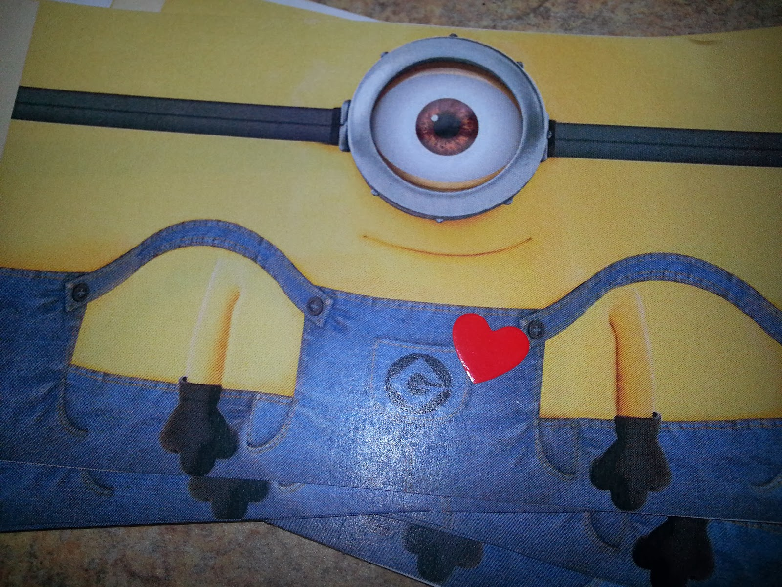 Minion twinkie template the image kid for Minion overall template