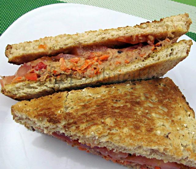 Chef mireille 39 s east west realm healthy tuna fish salad for Tuna fish sandwich