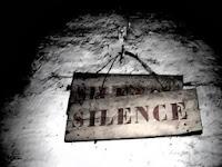 diam,silence,lebih baik,shut up