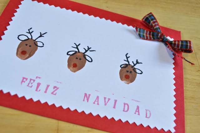 http://www.elenarte.es/2013/11/postales-de-navidad-renos-con-huellas.html