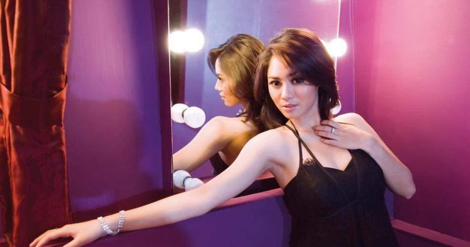 Cantik Seksi Special : Full Koleksi Foto Seksi Ria Bebong