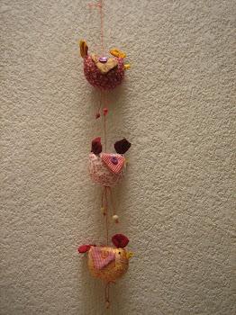 Móvil de gallinas