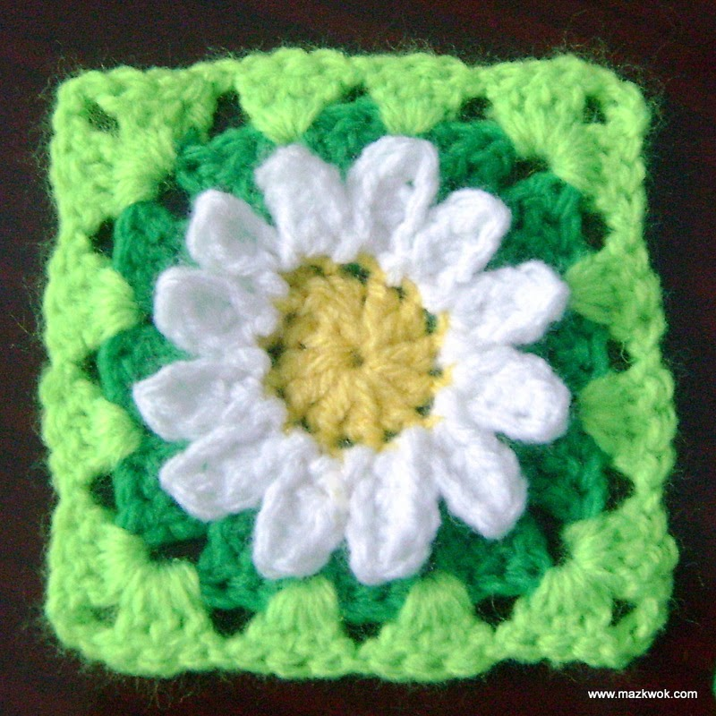 Free Crochet Patterns For Flower Granny Squares : daisy granny square