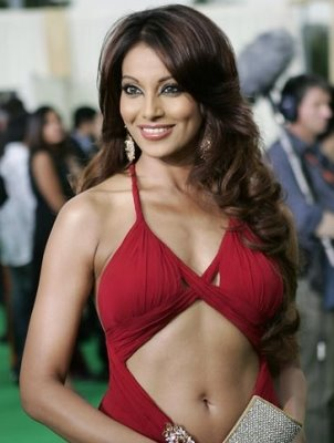 Bipasha Basu Photos, Videos, Wallpaper