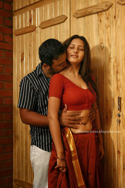 SOUTH INDIAN ACTRESS NUDE - Nude Indian Actress Pictures