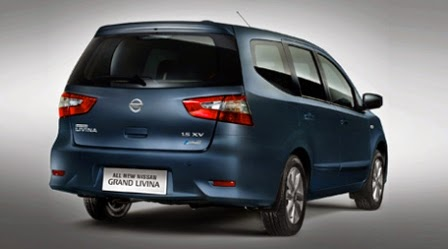 Belakang Mobil Nissan Livina