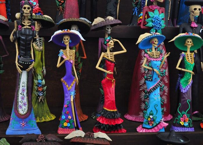 El Omeyocan era un lugar de gozo permanente, en el que se festejaba al sol y se le acompañaba con música, cantos y bailes. Los muertos que iban al Omeyocan,