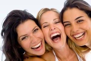 Menghilangkan stres dengan tertawa