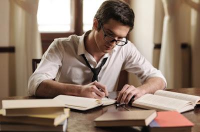 Tips Mudah Cara Membuat Puisi Yang Menakjubkan Dan Mengesankan