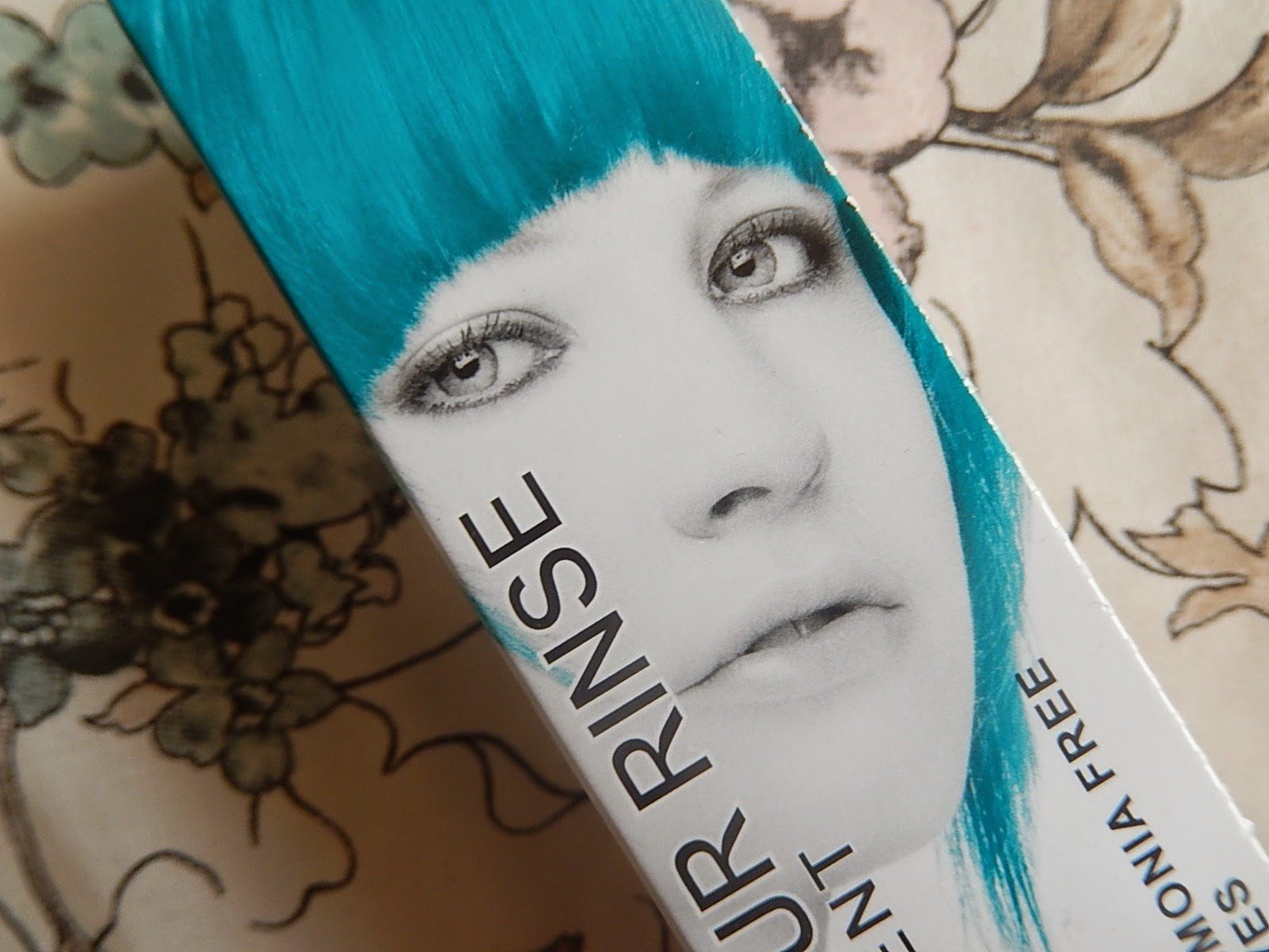 Beka's Beauty UK Beauty Blog. Mermaid blue dip dye hair.
