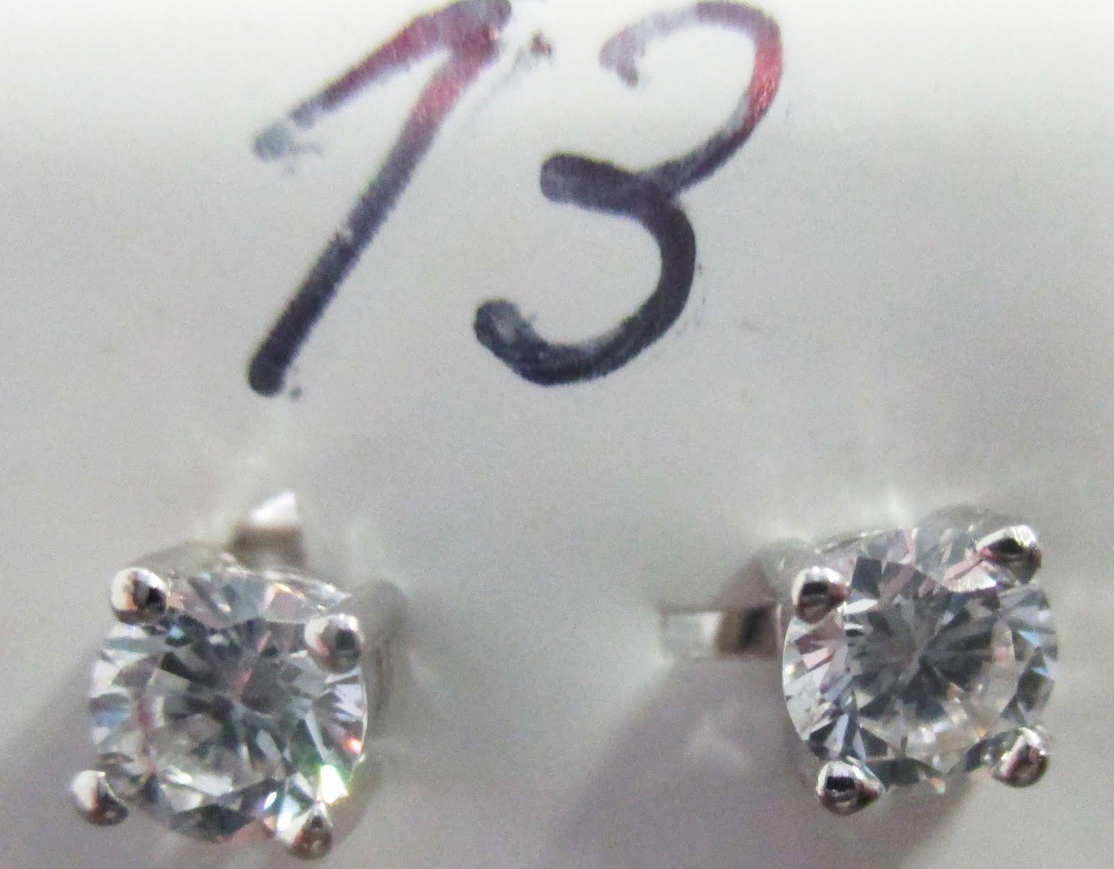 Pendientes pequeños de plata con circonitas doble talla