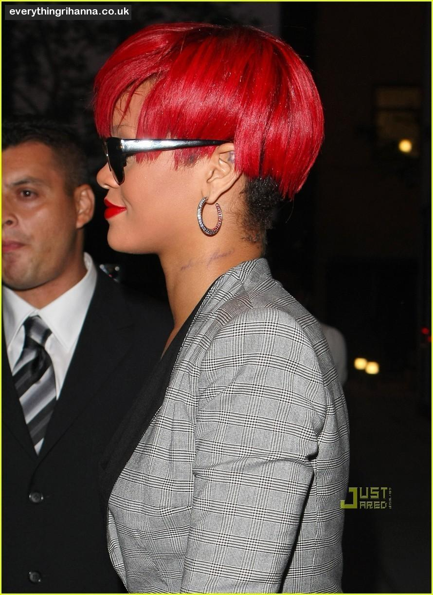 Fresh Look Hairstyles: Fresh Look Rihanna Short Hairstyles (01)