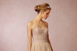 Beautiful Wedding Dress Models and Cheerful