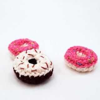 Amigurumi Donut Patron : Las Teje y Maneje: SATURDAYS CROCHET MARKET 25
