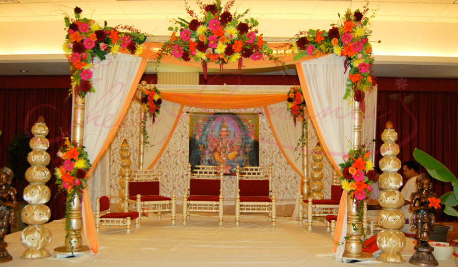 Wedding managment wedding planner in delhi wedding decoration we ifusion wedding planners offer a range of decorations providing an exciting mix of traditional and contemporary decoration for your wedding junglespirit Choice Image