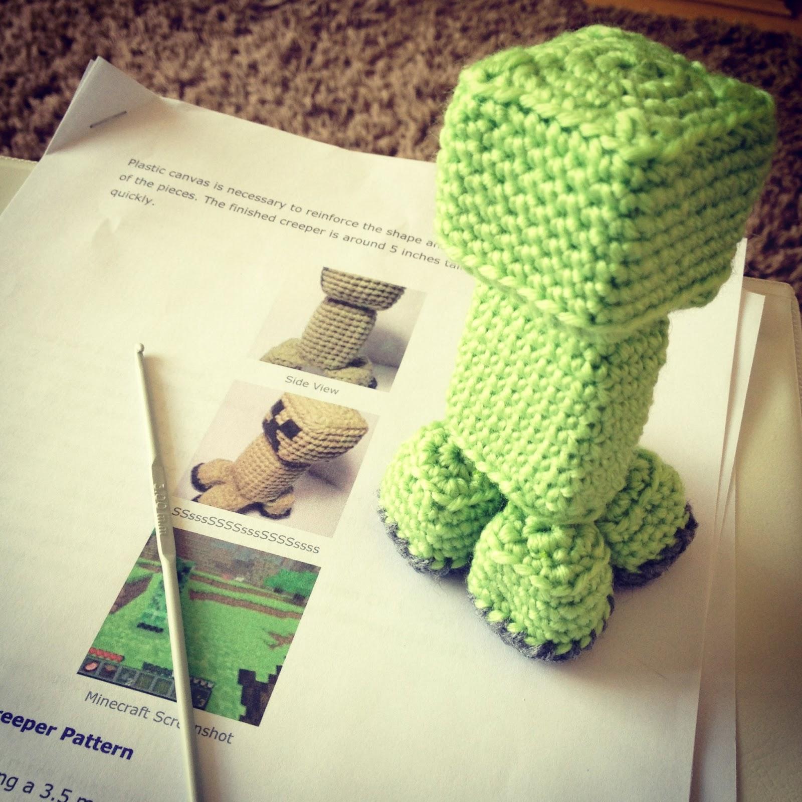 Amigurumi Free Pattern Creeper : ...by Robin: Amigurumi crochet creeper