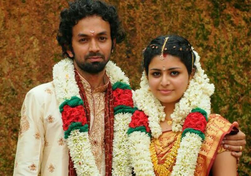 Raattinam Heroine Swathi Wedding Photo Gallery