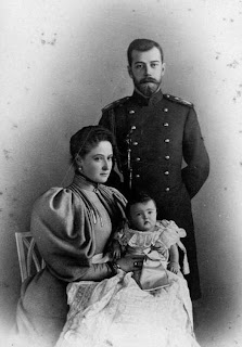 Nicolas II, Alexandra Feodorovna et Olga de Russie