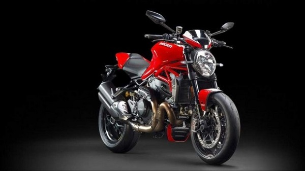 Ducati Monster 1200 R Italian Roadster 2016