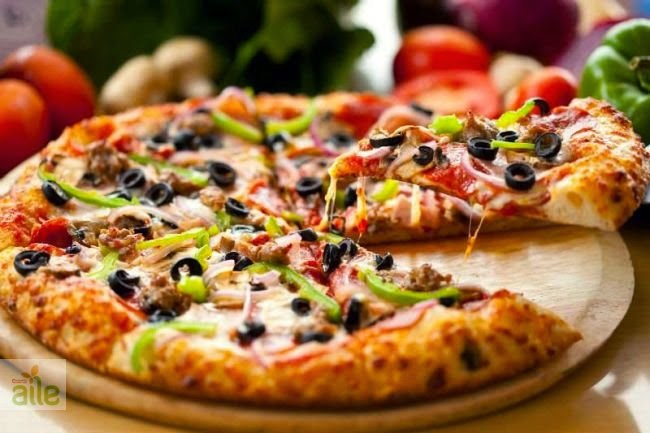 Kolay pizza Tarifi Kolay Yapımı