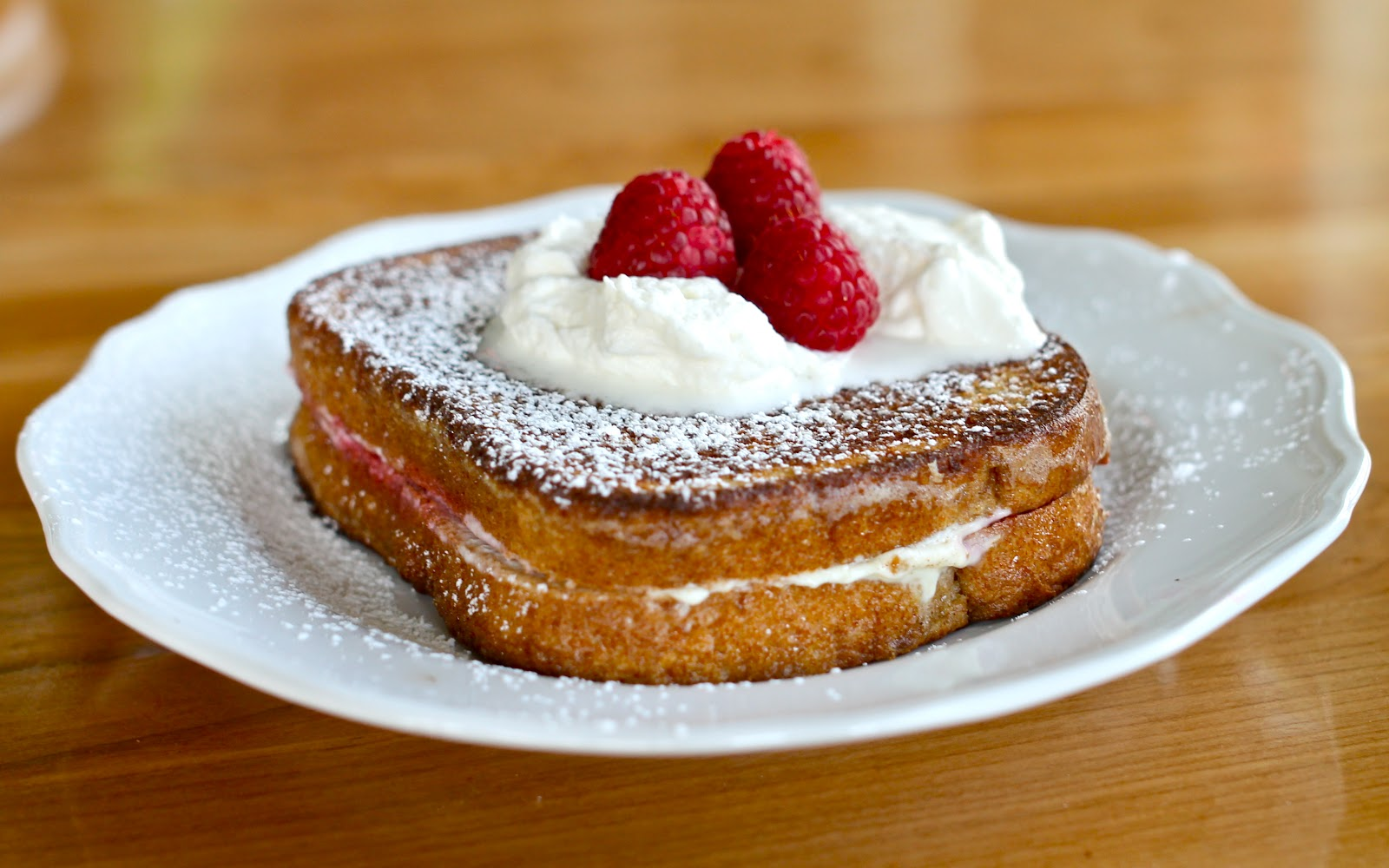 Yammie's Noshery: Raspberry Cheesecake Stuffed French Toast