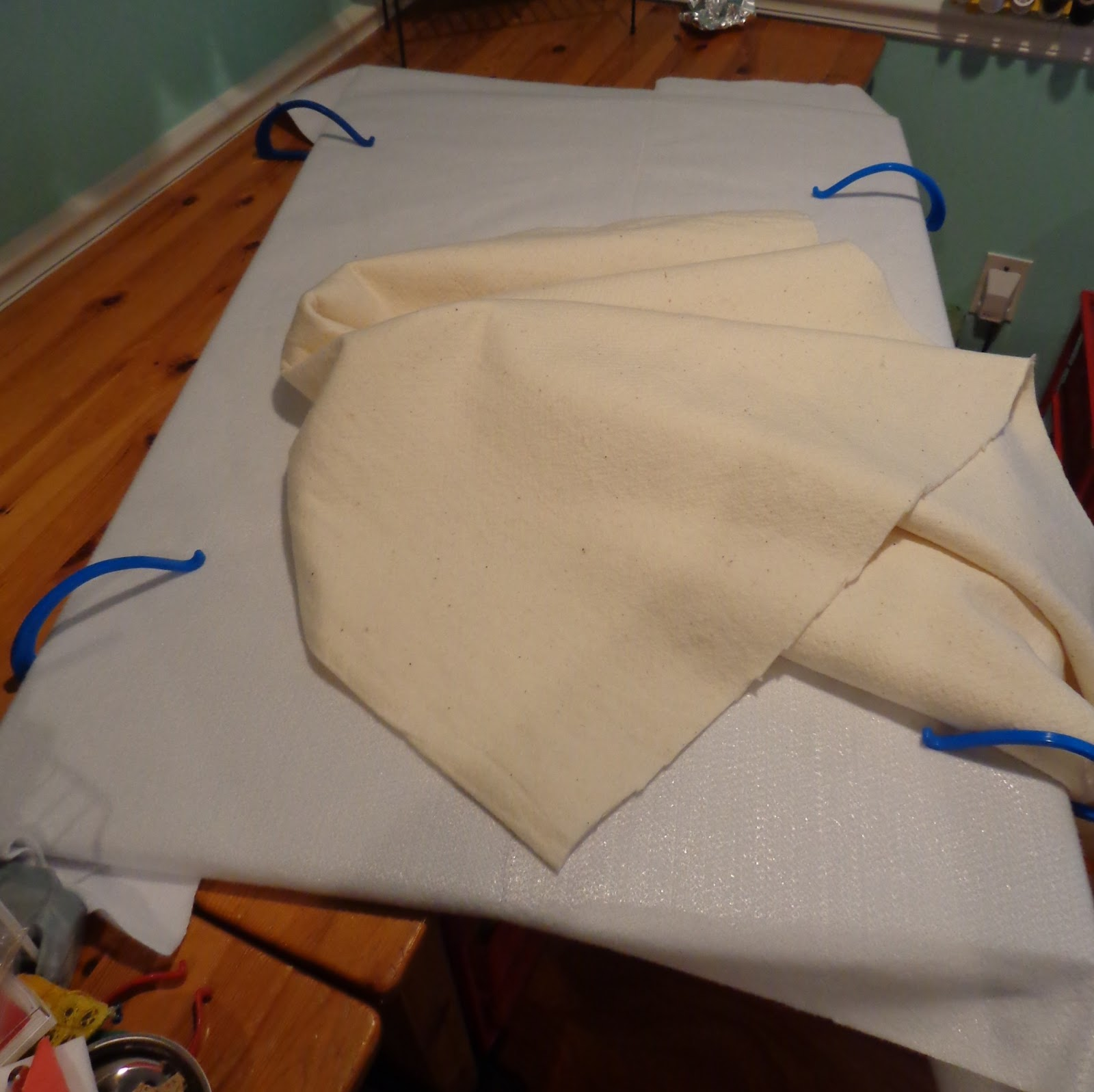 O 39 Quilts The Ironing Board Table Tute
