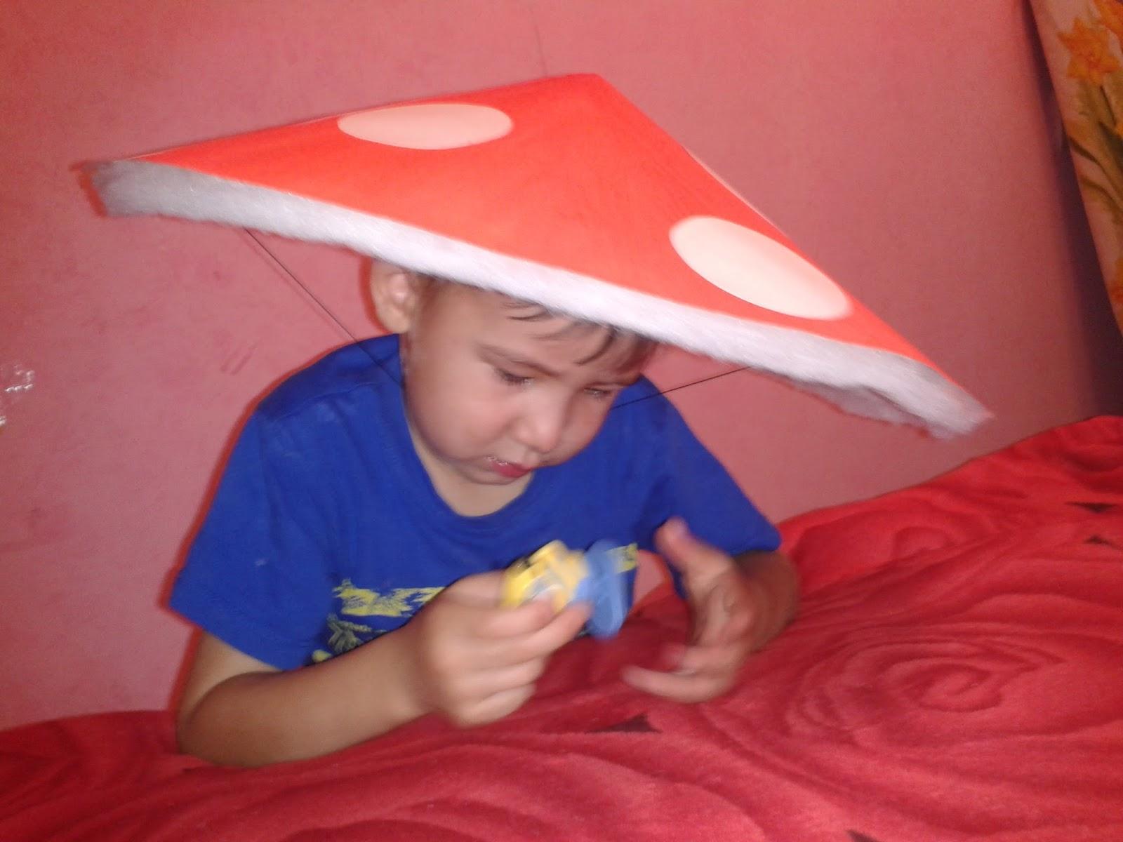 как сделать шапку гриба в садик ребенку фото