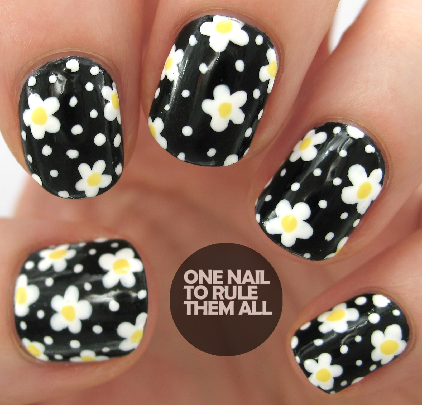 One Nail To Rule Them All: Daisy Nail Art + TUTORIAL for Clothes ...