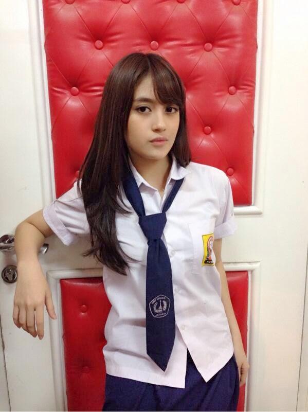 Download Kumpulan Foto - Foto Nabilah JKT48 Terbaru