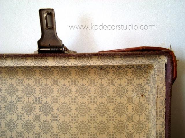 Maleta antiguas decorativa en buen estado de conservación para coleccionistas