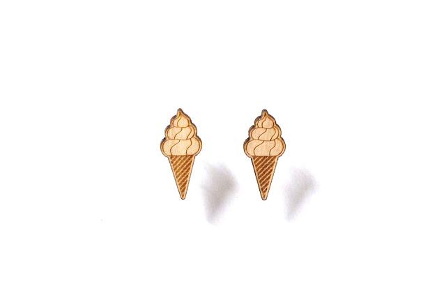 http://www.lesfollesmarquises.com/product/clous-d-oreilles-ice-cream