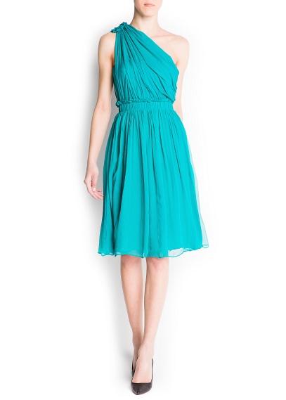 yeşil asimetrik kesim elbise