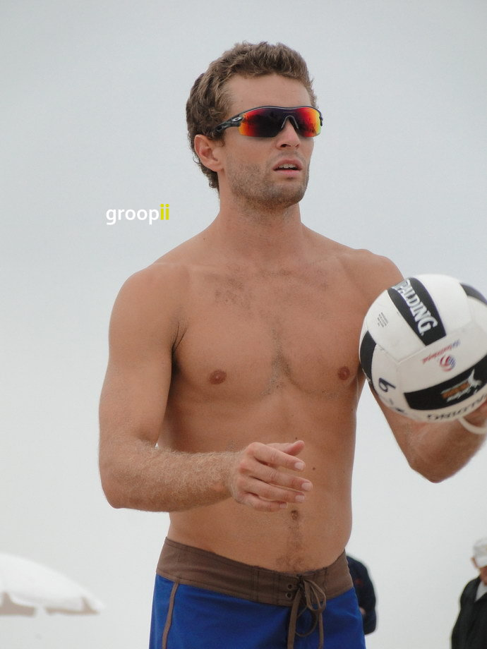 Andy Mcguire Shirtless At Hermosa Beach Open In 2011