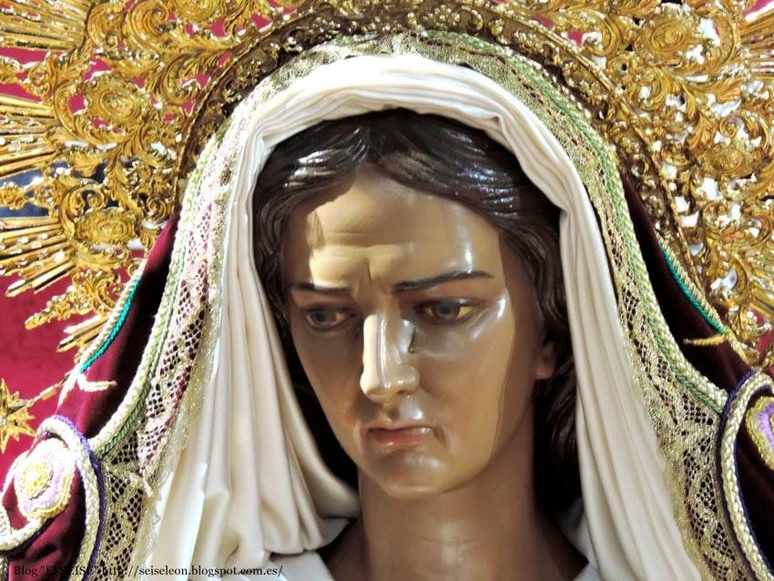 Virgen de la Soledad. Víctor de los Ríos. 1958. Real  hermandad de Jesus Divino Obrero. León. Foto G. Márquez
