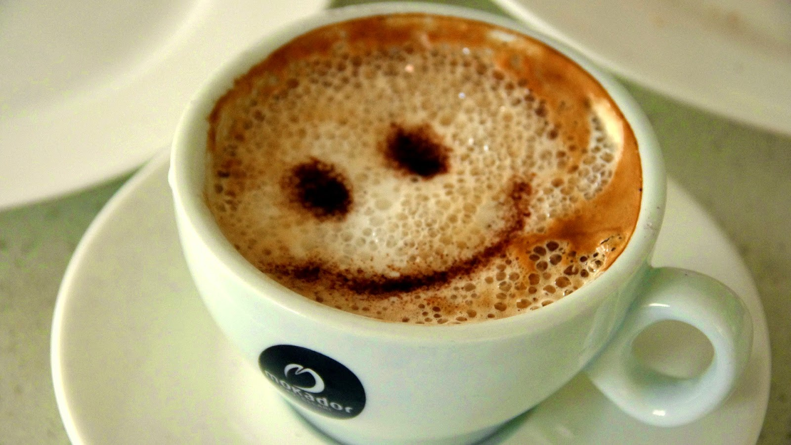 hd hintergrundbilder tasse kaffee smileys smiley lustig kaffee mit schaum kostenlos. Black Bedroom Furniture Sets. Home Design Ideas