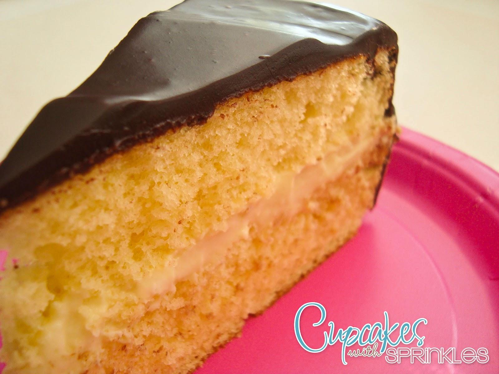 Cupcakes with Sprinkles: Boston Cream Pie
