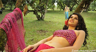 Tapsee Panu in Open half Saree Spicy Blouse stomach Low Quality Images
