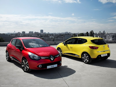 exterior_Renault-Clio_sport_2013_800x600_wallpaper_0b