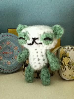 mini amigurumi crochet panda