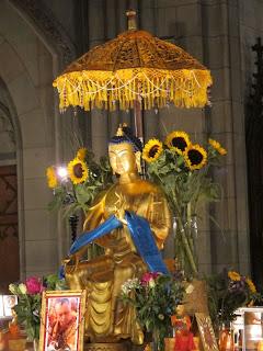 Buddha Maitreya, Buddha Maitreya, Offene Kirche Elisabethen, Maitreya Reliquien, Basel, Bodensee, Bodensee Maitreya, Herzschrein,