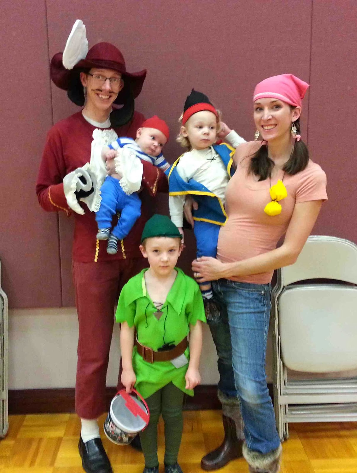 Jake And The Neverland Pirate Costumes