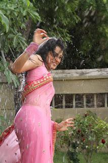 Trisha  Stills in Wet Saree from Kalavathi (Aranmanai 2) Movie ~ Celebs Next